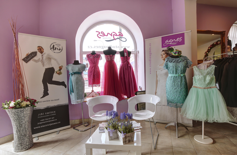 Naše svatební a společenské studio v Praze