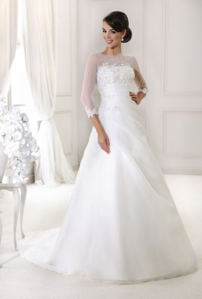 Půjčovna svatebních šatů praha Praha 76f40d2251
