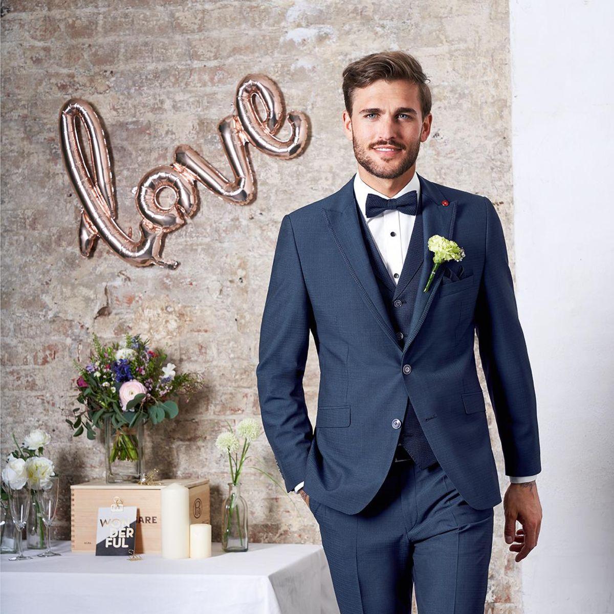 pánský oblek modrý praha - studioagnes
