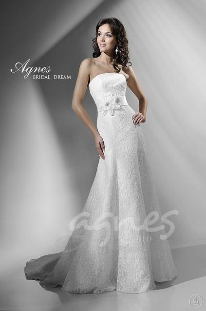 Agnes-10863-svatebni-saty-splyvave-krajkove-vyprodej