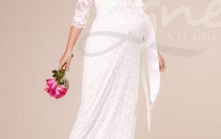 Katie-Gown-Long-Ivory-pravy-studioagnes
