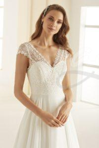 svatebni-saty-MARGARET-Bianco-Evento-bridal-dress-(2)-boho-style