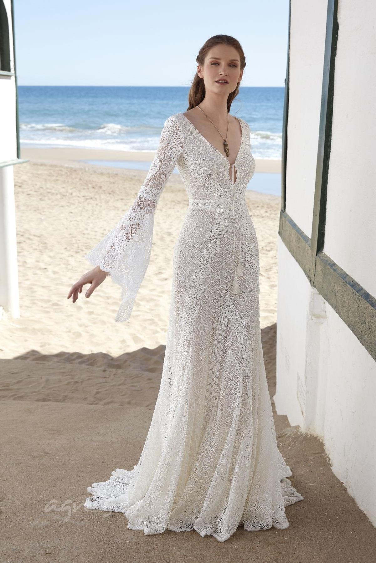 boho-svatebni-šaty-MOON-1