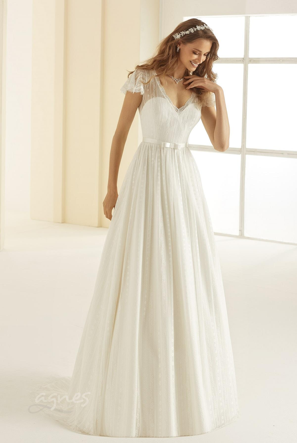 svatebni-saty-CAROLINA-Bianco-Evento-bridal-dress-(1)