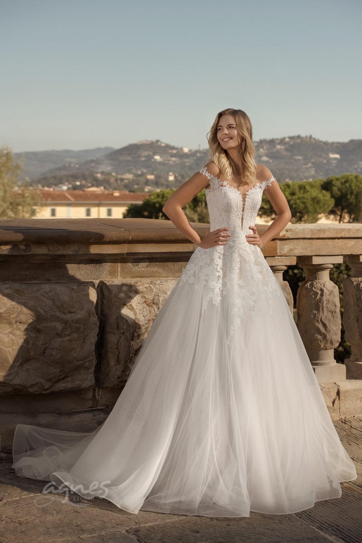 svatební šaty praha