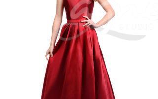 dlouhé červené šaty pro maturantky