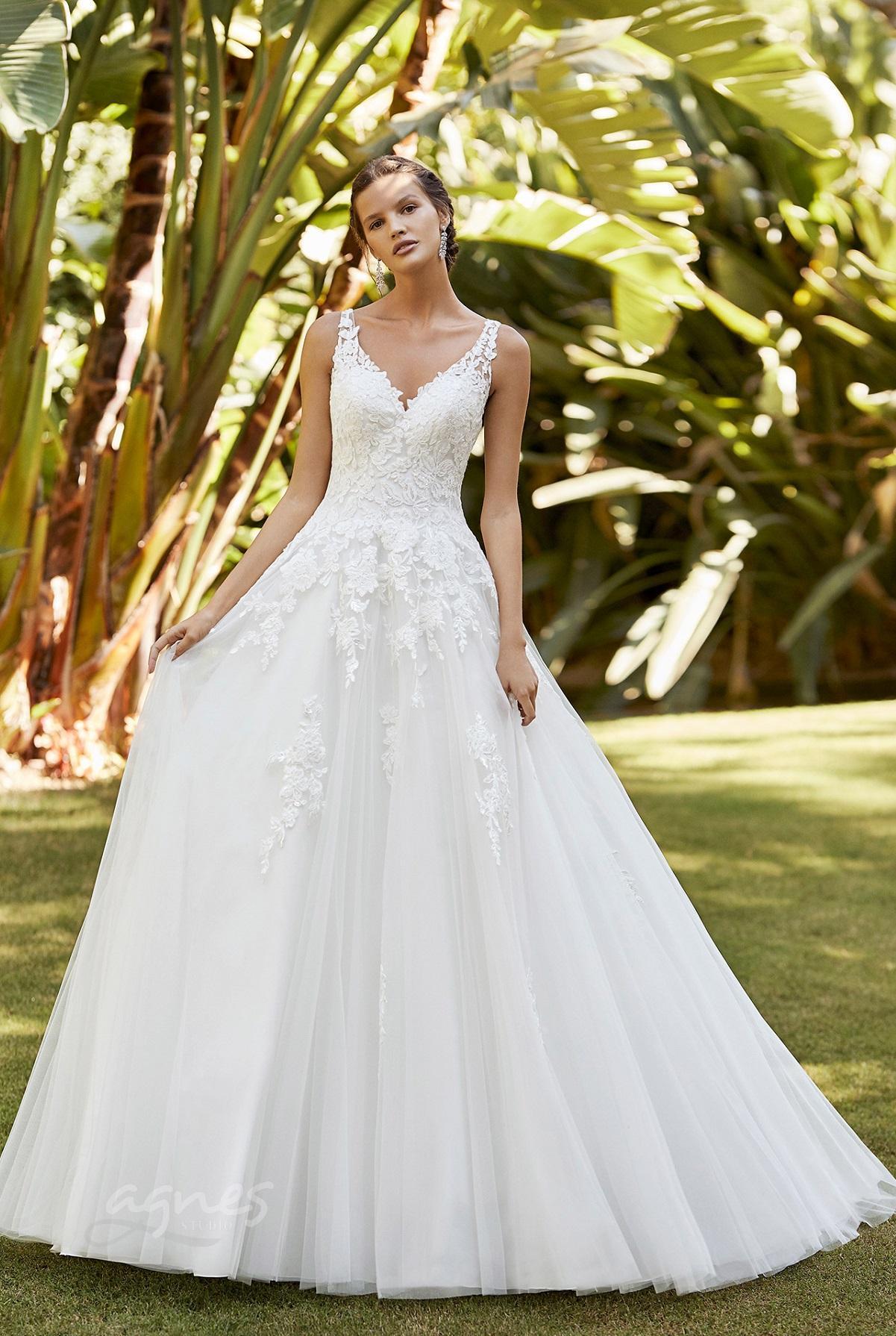 svatební šaty pro princeznu