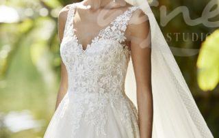 svatební šaty do přírody